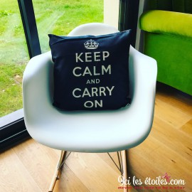 """Housse de coussin """"Keep Calm and Carry on"""""""